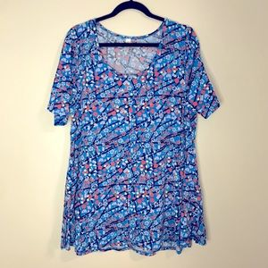 LULAROE blue pattern flared  t-shirt